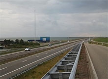 http://www.ijsselmeervereniging.nl/nieuwsbrief/ijnb15/afsluitdijk.jpg