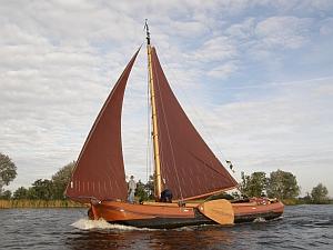 http://www.ijsselmeervereniging.nl/nieuwsbrief/ijnb15/warmond.jpg